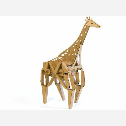 Geno the Giraffe - Kinetic Creatures