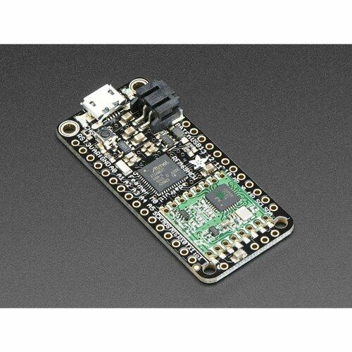 Adafruit Feather M0 RFM69HCW Packet Radio - 868 or 915 MHz
