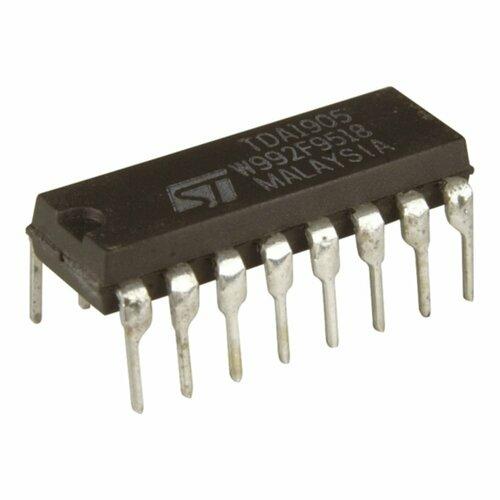 4017 Decade Counter/Divider CMOS IC
